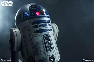 Star Wars R2-D2 Life-Size Figure