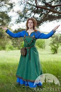 """Linen Viking Apron Garb """"Ingrid"""". Available in: green flax ..."""