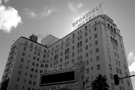 meet  ghosts  los angeless  haunted hotels