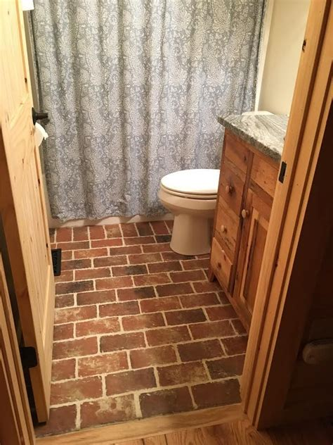 brick tiles for bathroom 25 best brick tile bathrooms images on brick 17510
