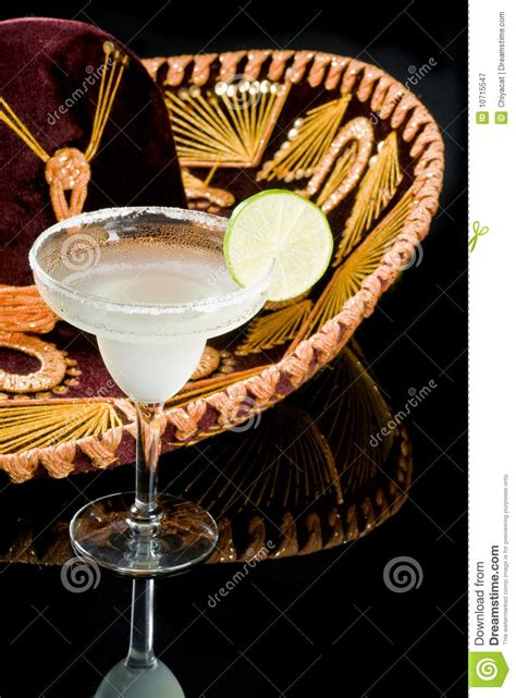 sombrero drink sombrero and margarita cocktail royalty free stock photography image 10715547
