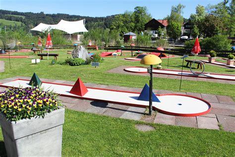 Minigolf Spielen am Alpsee Immenstadt