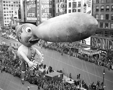 quirky vintage    macys thanksgiving day