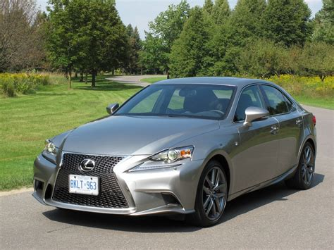 Chinese Auto Review 車輪薦之 2014 凌志 Is350 F-sport Awd 試車報告