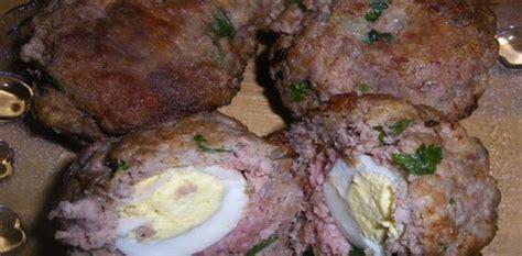cuisiner viande hach馥 recette boules de viande hachée farcie d 39 oeufs durs