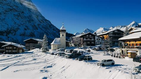 Der durchschnittspreis für ein doppelzimmer beträgt 1.065 €. Straßenbericht & Anreise | Lech Zürs am Arlberg