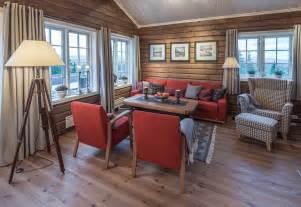sofa samt roger 39 s hytteside den ferdige hytta