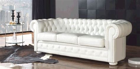 canape chesterfield blanc canapé chesterfield blanc photo 10 10 un canapé pas