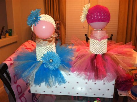 Rok Tutu Balon By Cutie Baby Tutu of a way to display baby tutu for craft show