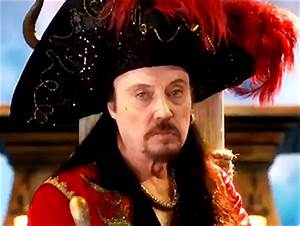 Watch Christopher Walken Steer His Ship & Allison Williams ...