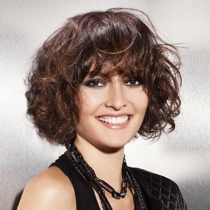 cheveux boucles beurre de karite salon de coiffure rue
