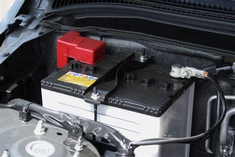 signs  car battery  dying honda battery service