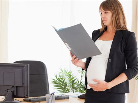 Tips Wanita Hamil Bekerja Pregnant Working Woman Remember These Boldsky Com