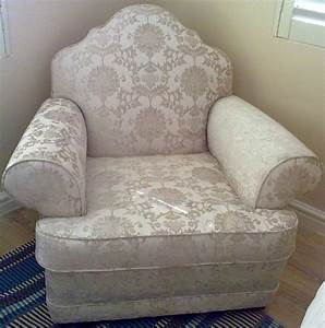 Reupholstering of chairs upholstery cape town for Recover furniture cape town