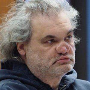 The Tragic Life of Artie Lange - ZergNet