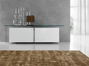 Sideboard Hängend Weiß Hochglanz : sideboard in wei mit hochglanz fronten ist klassiker ~ Watch28wear.com Haus und Dekorationen