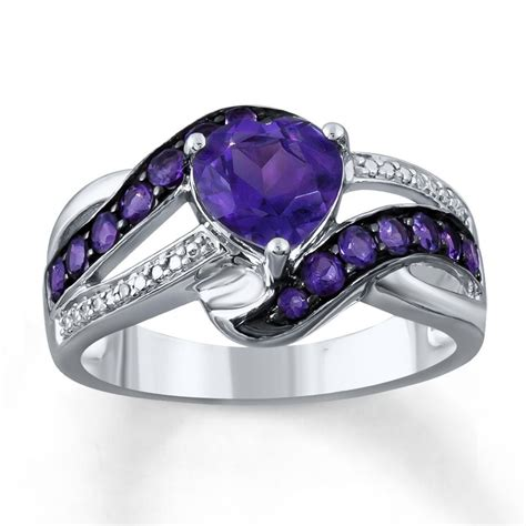 heart shaped amethyst   show stopping centerpiece
