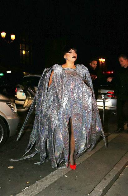 Gaga Lady Crazy Wears Plastic Gifs Inflatable