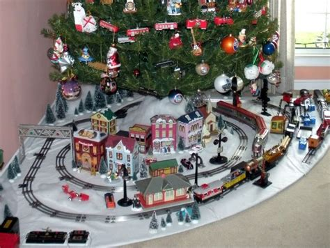 toy train going around top of a tree lionel layout my marx 027 tinplate layout operating and