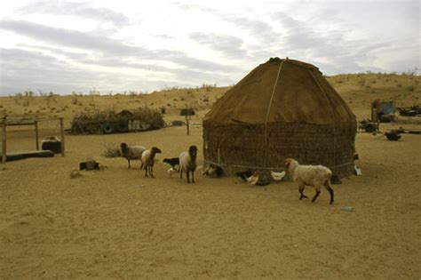 lada da terra arco il turkmenistan nell era ruhnama terza parte
