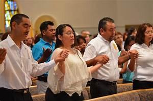 Catholic People Praying | www.pixshark.com - Images ...