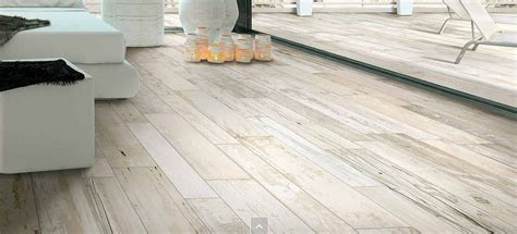 expo  white distressed wood effect   mm