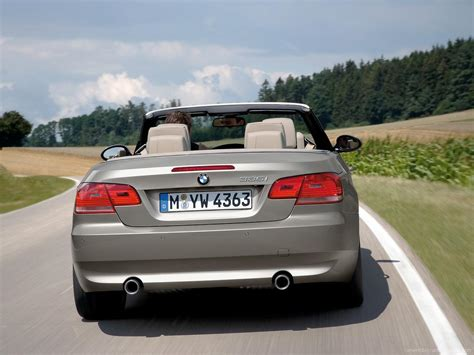 siege auto bmw serie 3 bmw 3 series convertible 2007 2013 buyers guide