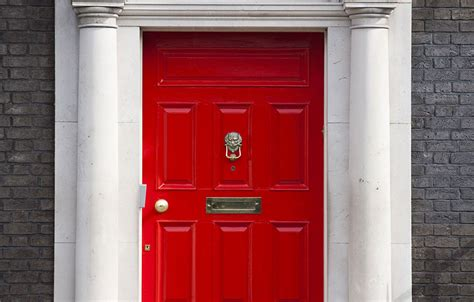 make your home entrance grand with grand entrance paint