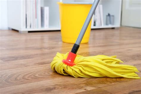 cleaning products  hardwood floors hunker
