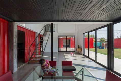 Maison contemporaine en containers en Argentine