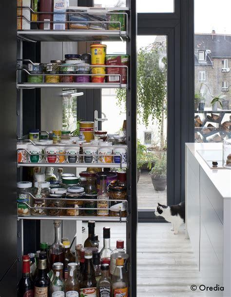 cuisine dans un placard un placard de chef dans ma cuisine à table