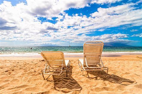 chaise longue de plage fonds d 39 ecran mer ciel chaise longue plage nuage