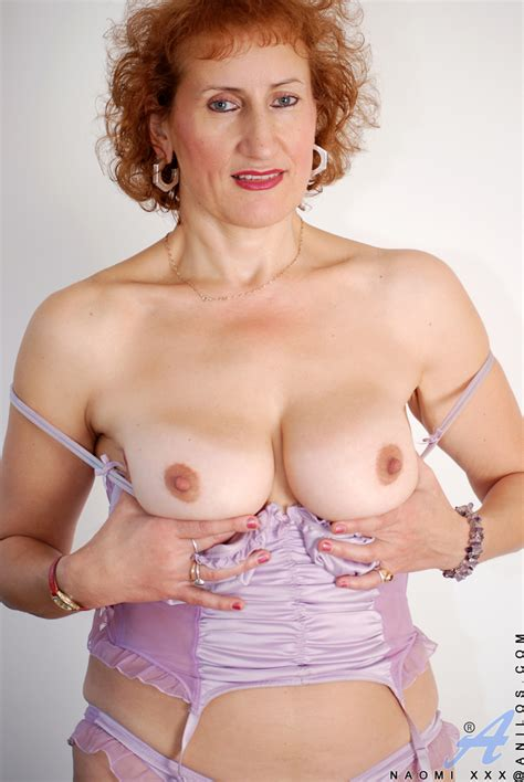 freshest mature women on the net featuring anilos naomi xxx 2v playful housewife