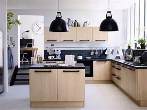 cuisine avec ilot central 43 idees inspirations With idee deco cuisine avec cuisine aménagée contemporaine