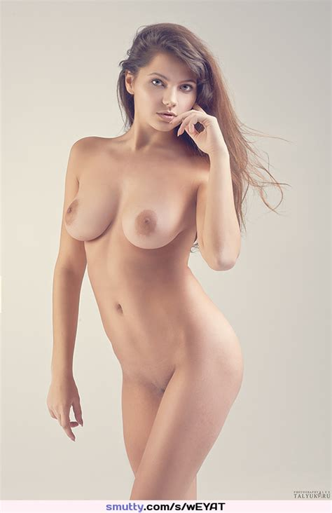 Eyecontact Nipples Boobs Breasts Tits Sexy Beauty