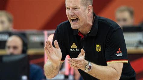 "The official website of the tokyo 2020 men's olympic basketball tournament 2020. Basketball-Bundestrainer: ""Etwas reißen"": Rödl mit Olympia ..."