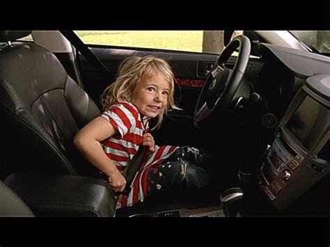 Subaru Commercial And Baby by Subaru Tv Ad Baby Driver Autoguide