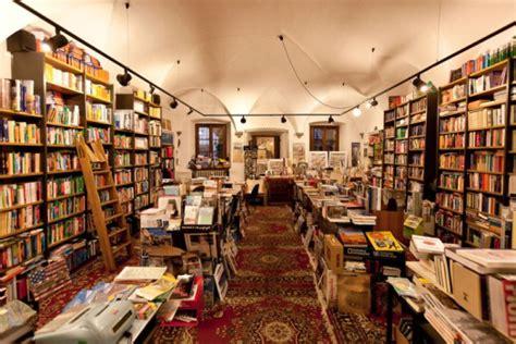 libreria giramondo torino viaggiatori si diventa le migliori librerie per