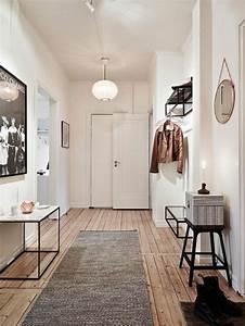 1001 idees pour savoir quelle couleur pour un couloir With meuble etagere avec porte 7 meubles et idees deco couloir et entree de style cottage