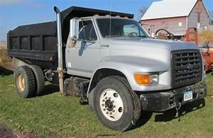 1995 Ford F800 Dump Truck