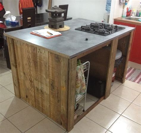 ot de cuisine table de cuisine en palette maison design bahbe com