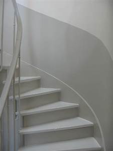 travaux juillet 086 cage d39escalier pinterest With peindre une cage d escalier 15 et un couloir original de plus et un