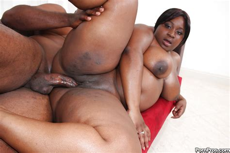 Black Plumpers Mzbooty And Manaje A Star Have Rough Anal