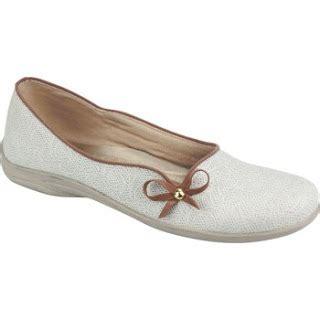 sepatu flat lucu untuk wanita terbaru agustus 2013