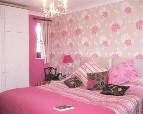 pink wallpaper for bedroom derek macleods decorating company decorator in edinburgh 16758   14045 0687 img 05 0000 max 656x5241