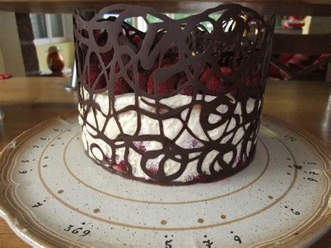 decoration facile de gateau dentelle en chocolat ker mary