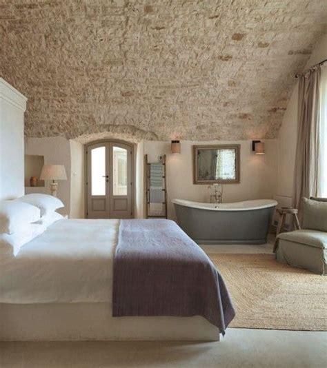 hotel avec baignoire dans la chambre faire une suite nuptiale avec baignoire dans la chambre