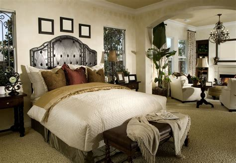 Chairs For Master Bedrooms (with Photo Examples