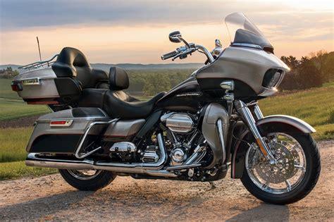 Harley Davidson Road Glide Ultra Specs