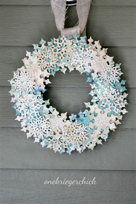 contemporary christmas wreaths 21 modern wreaths to decorate your home with this holiday season contemporist